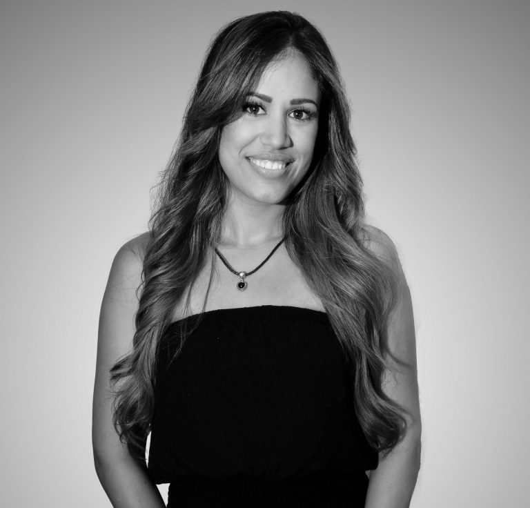 Become an Influential Hair Extensions Expert.  Apply today!